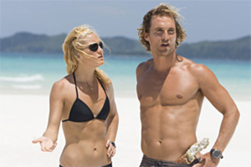 Beach bummer: Kate Hudson and Matthew McConaughey show off their bodies, and do little else, in Fool's Gold.