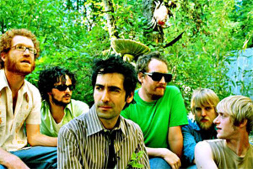 Warm fuzz: Blitzen Trapper talks over the din.