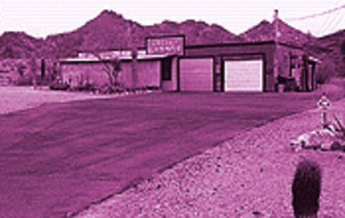 A lonely remnant of Cactus, Arizona: Larry Jany's Cactus Garage at 1602 East Desert Cove.