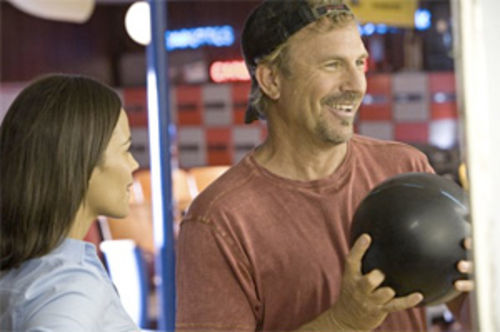 That's America: Kevin Costner plays the everyman (again) in Swing Vote.