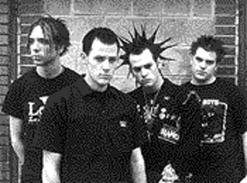 If you look under the porcupine hair, you'll see they're twins: The boy-band cuties of Good Charlotte.