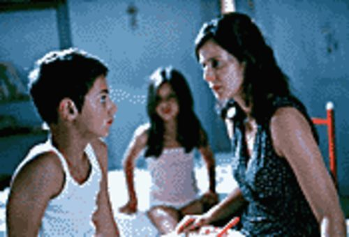 Running Scared: Giuseppe Cristiano and Aitana  Sánchez-Gijón play a son and his mother in I�m Not  Scared.