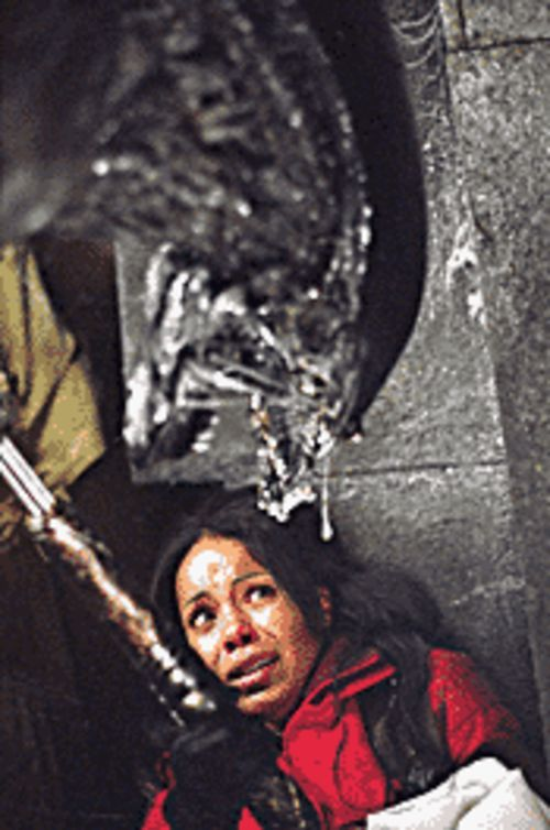 Gore factor: Sanaa Lathan battles an Alien in Alien vs. Predator.