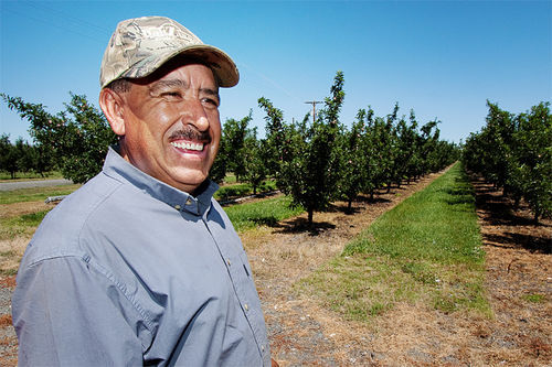 Sergio Marquez, an apple grower in Wapato, Washington, came to the United States as an illegal immigrant. Now, his farm is clearing big-time profits.