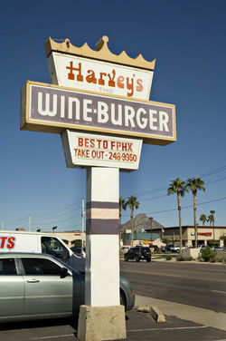 Harvey\'s Wineburger