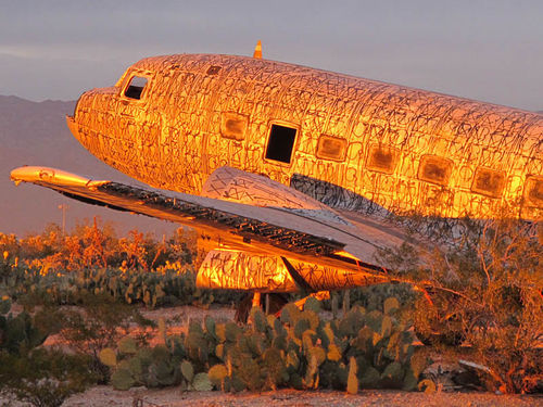 A Super DC-3 painted by Retna
