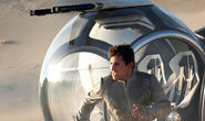 Tom Cruise's Oblivion Is Grand Until It's Not