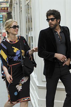 Shades of Linklater: Julie Delpy and Adam Goldberg in 2 Days in Paris.