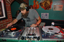 DJ Johnny Volume