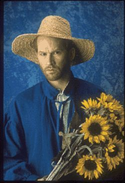 Dan Donohue as the charismatic artist in Inventing Van Gogh.