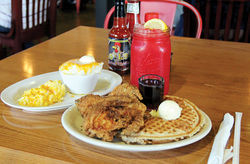 LO-LO&amp;rsquo;S CHICKEN &amp; WAFFLES