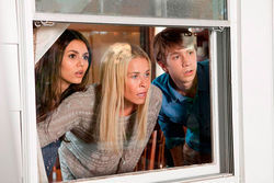 Victoria Justice, Chelsea Handler, and Thomas Mann star in Fun Size.