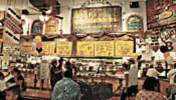 &amp;Acirc;&amp;iexcl;Buen provecho! Phoenix Ranch Market&#039;s La Cocina cooks up killer birria, tasty tacos, and myriad other items, all for next to nothing.