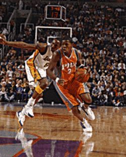 The Phoenix Suns face the Atlanta Hawks on November 3.