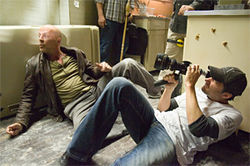 Bruce Willis and director Len Wiseman on the set of Live Free or Die Hard