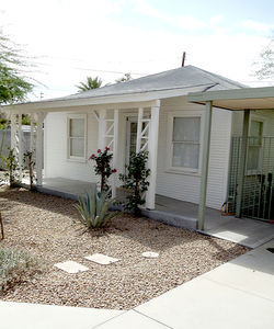 "The ""'40s House"" will host exhibits germane to suburban life in 1940s Sunnyslope."