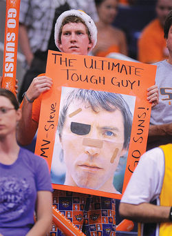 A fan pays tribute to Nash'ss toughness and many injuries in pursuit of greatness.