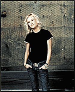 Going back to her roots: Shelby Lynne