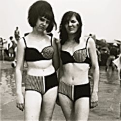 Two Girls, Diane Arbus