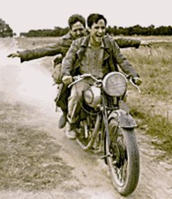 I like bike: Rodrigo de la Serna (left) and Gael Garcìa  Bernal star in The Motorcycle Diaries.