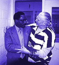 Rubin &quot;Hurricane&quot; Carter (left) pledged his support to Dan Willoughby after meeting him in the Maricopa County Jail in April. Carter was in Phoenix taping Politically Incorrect.